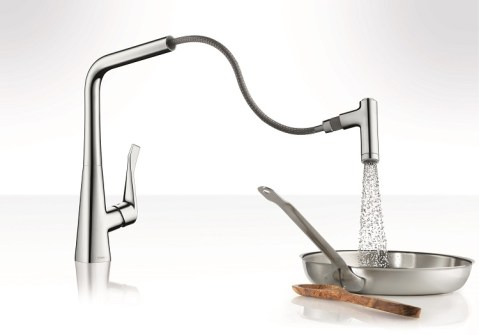 Hansgrohe_Metris 2-Spray HighArc Kitchen Faucet Pull-Out_amb