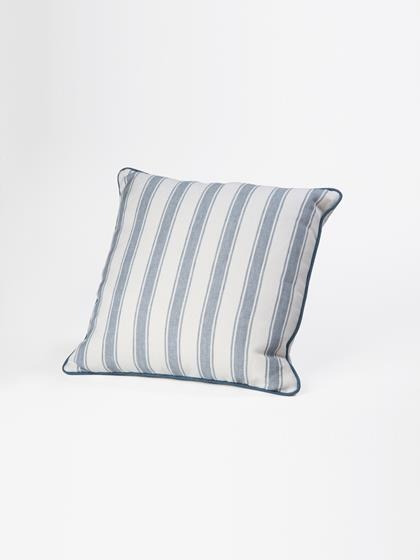 Holland_and_Sherry_Linen_Pillows
