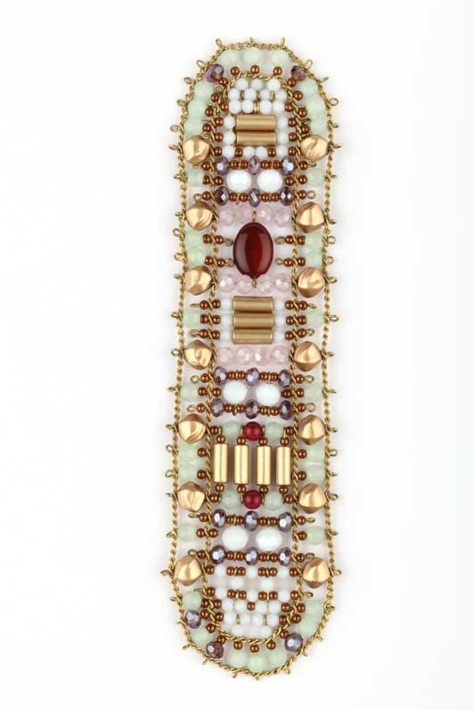 Nounzein Jeweled