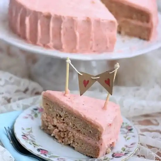 strawberry-birthday-cake