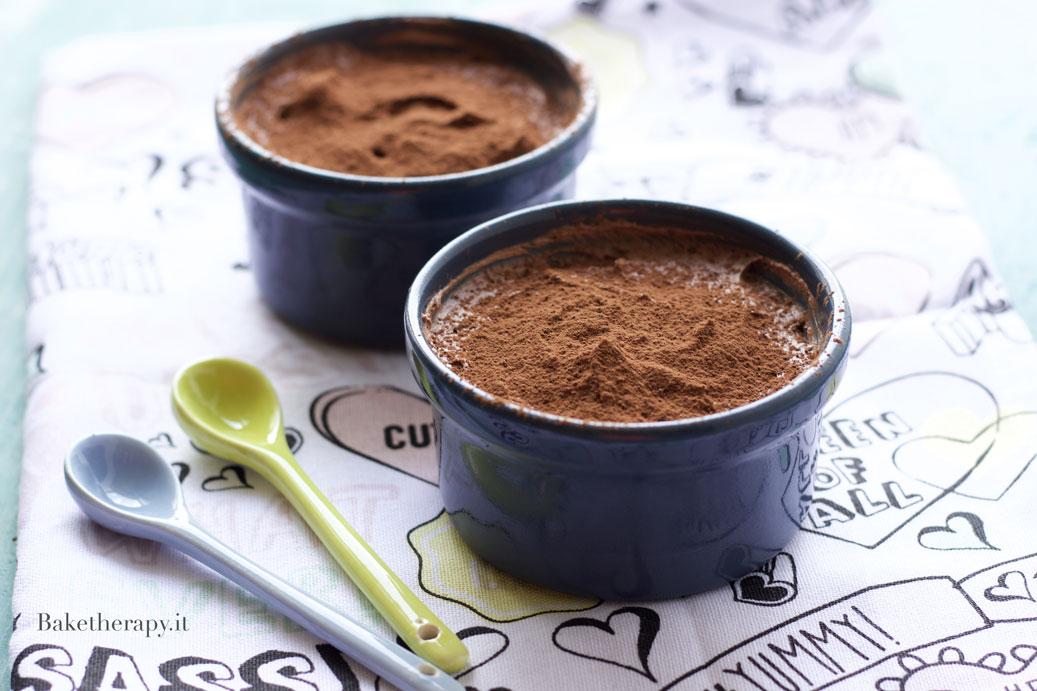 Mousse al cioccolato con 2 ingredienti