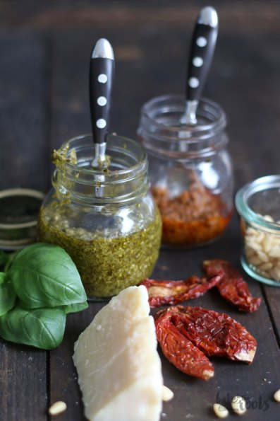 Pesto Genovese & Pesto Rosso | Bake to the roots
