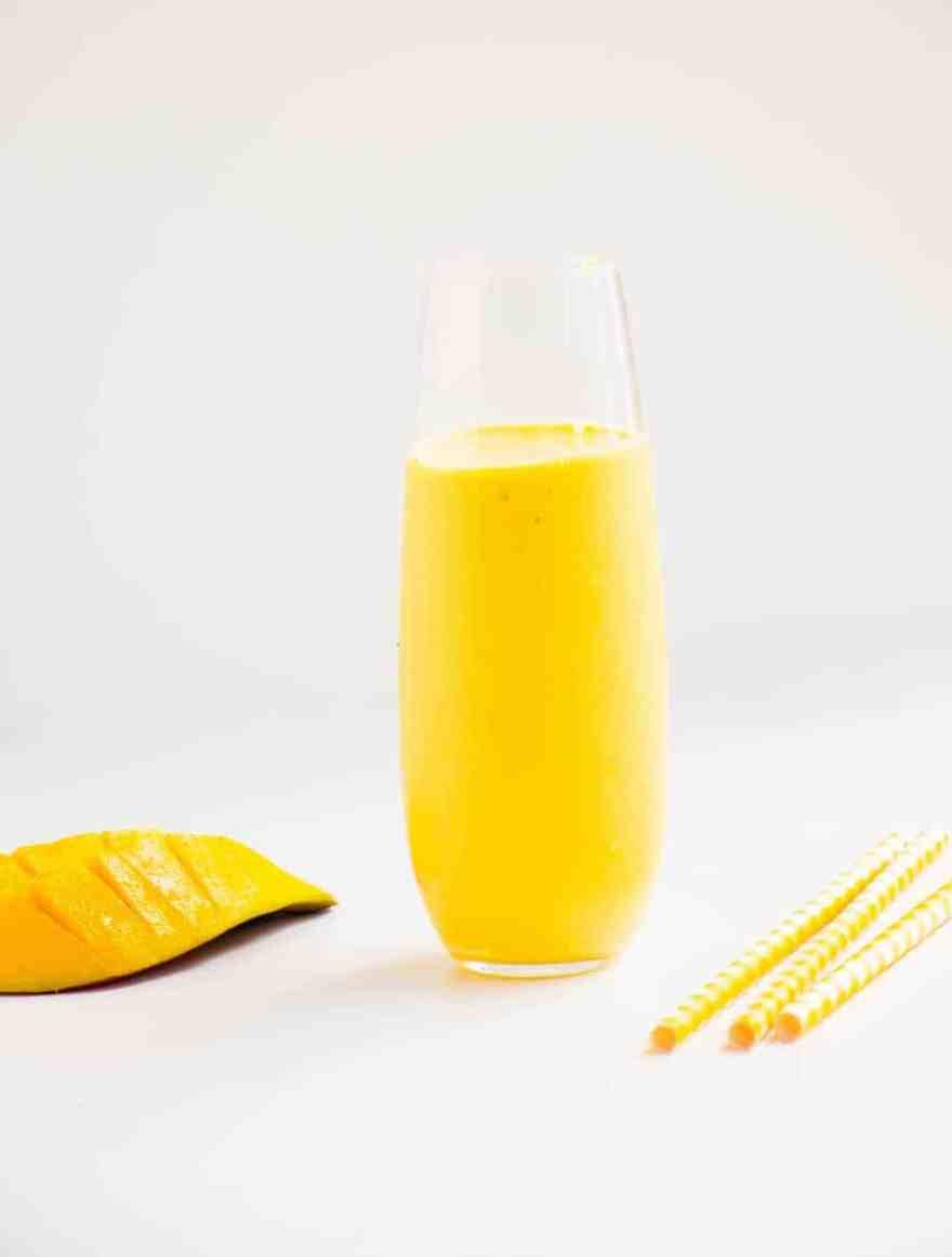 yoghurt mango smoothie baking ginger mango smoothie with greek yogurt ...