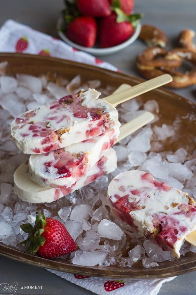 Strawberry Pretzel Popsicles | Baking a Moment