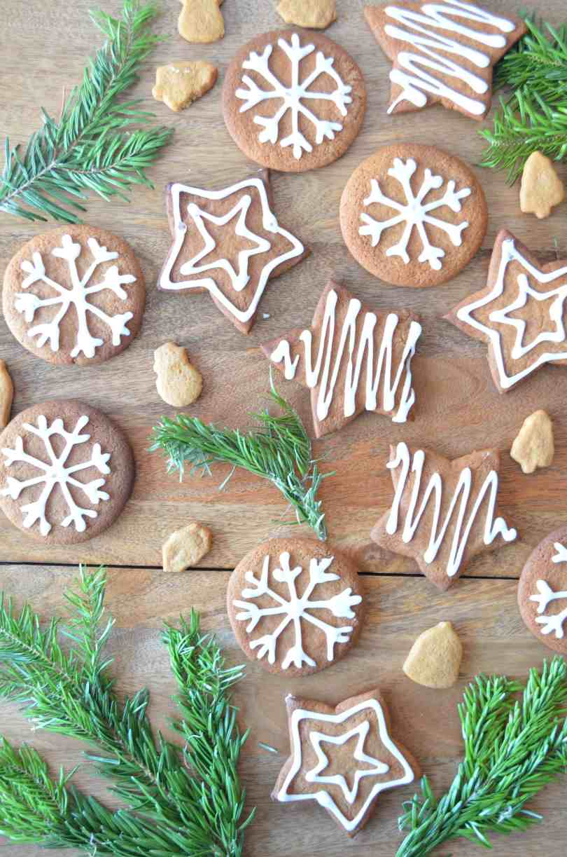 iced gingerbread biscuits