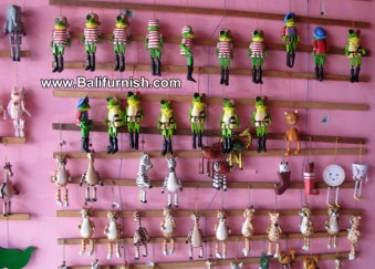 jf13b-wood-crafts-wooden-carvings-bali
