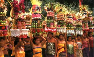 Balinese People | Bali Shuttle Services - Airport Transport