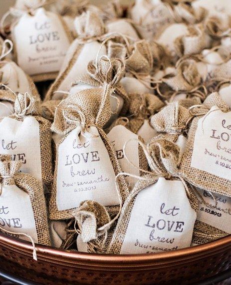 These Wedding Details Will Appeal to Coffee-Loving Brides and Grooms