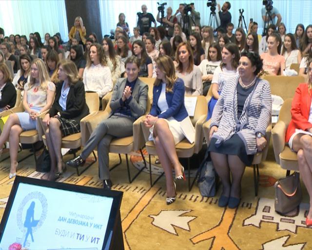 Dan Devojaka Srbije: žene mogu sve što i – muškarci!