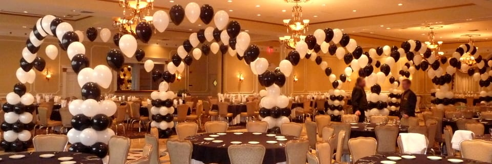 Black and White Prom at Jacques