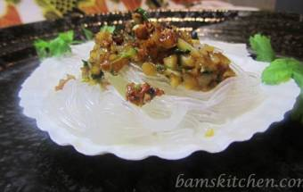 Scallop Boats with Vermicelli and Garlic