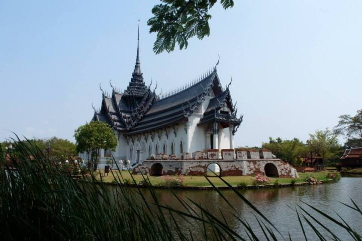 The Sanphet Prasat Palace