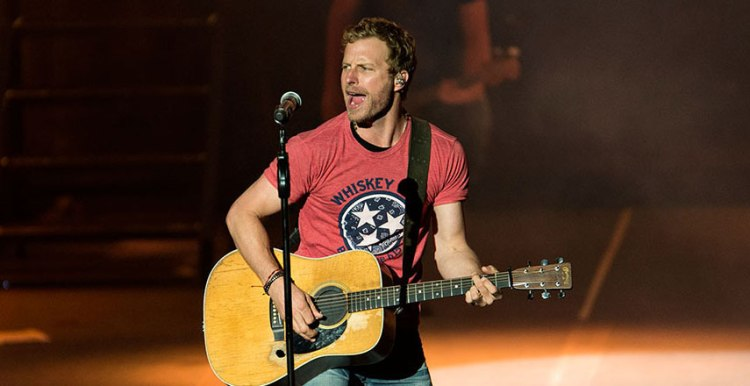 dierks-bentley-2017-tour-pnc