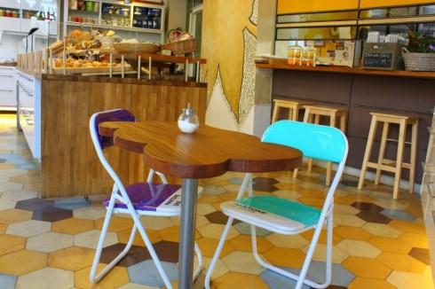 Barcelona-cafe-Marti-Eixample-Spain