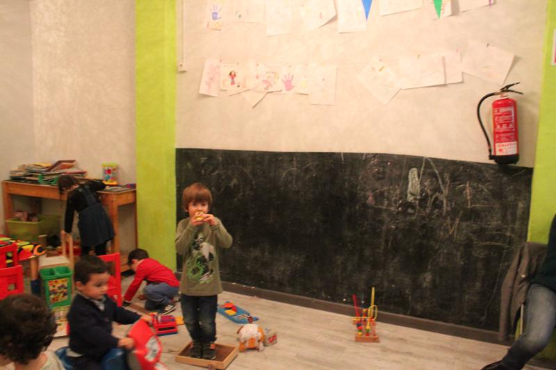 el-petit-princep-cafe-amb-nens-en-sants-0031