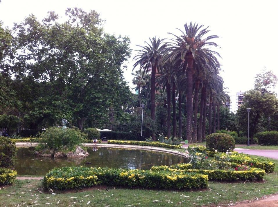 Parque santa am lia barcelona barcelona colours for Parques de barcelona para ninos