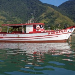barco-em-ilhabela