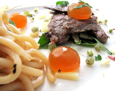 molecular chilli and basil beef