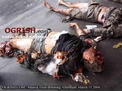 http://i2.wp.com/barenakedislam.files.wordpress.com/2011/02/ogrish-dot-com-madrid-train-bombing-aftermath-8.jpg?resize=402%2C301