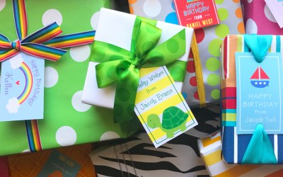 Signature Gift Wrap – Making Kids Parties Easy