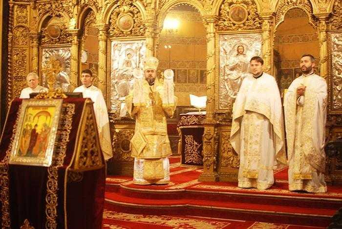 slujire-arhiereasca-la-biserica-domnita-balasa