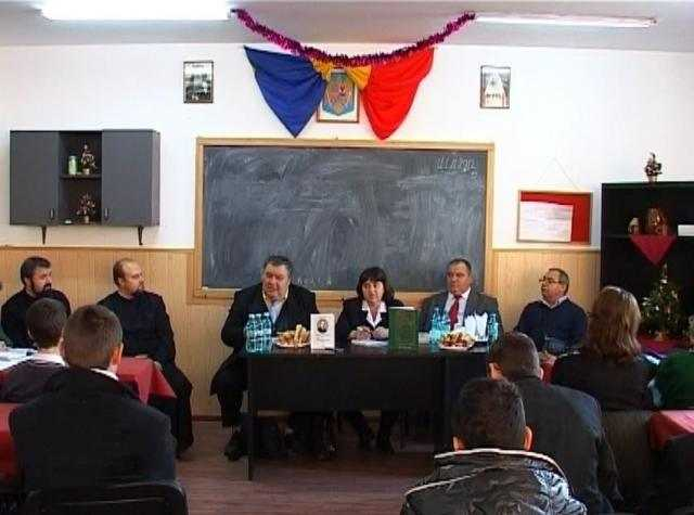 conferinta-despre-eminescu-la-seminarul-teologic