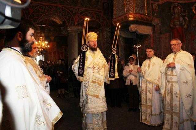 slujire-arhiereasca-la-paraclisul-arhiepiscopal-buna