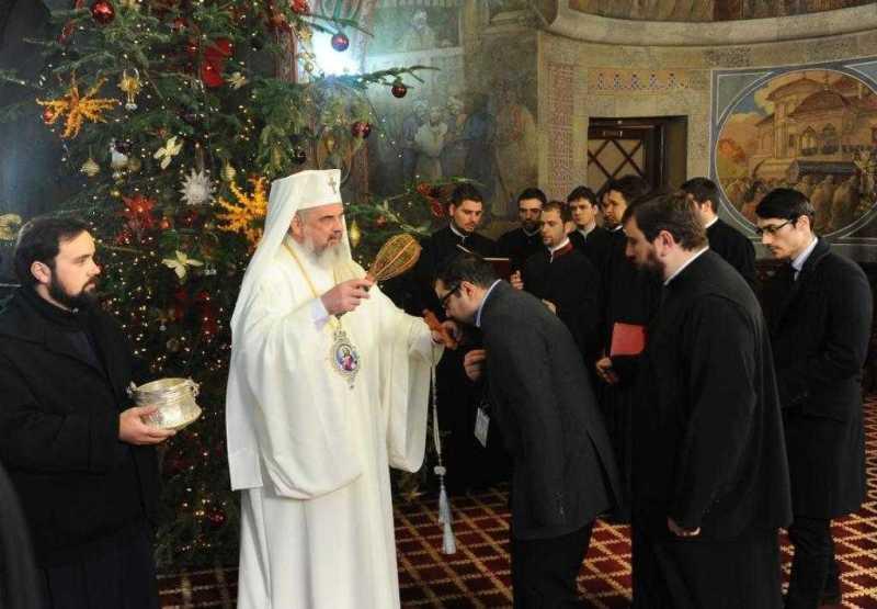 slujitorii-catedralei-patriarhale-la-resedinta-patriarhala