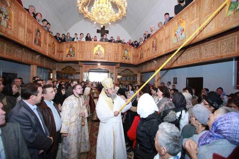 sfintirea-bisericii-sf-pantelimon-din-sibiu
