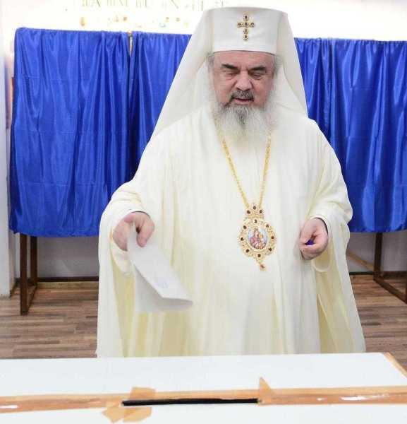 patriarhul-romaniei-a-votat-la-sectia