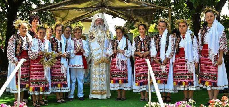 patriarhul-romaniei-la-manastirea-prahoveana-zamfira