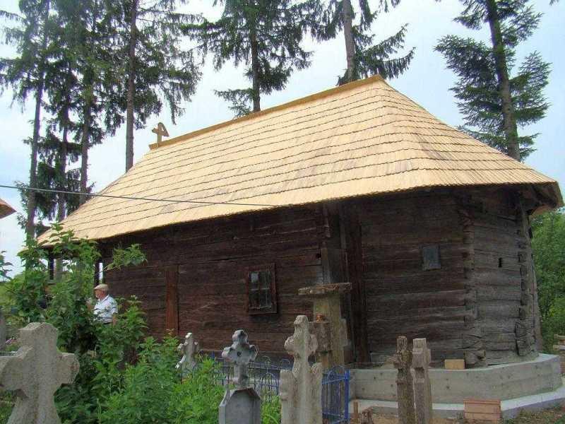 un-monument-eclesial-simplu-si-armonios