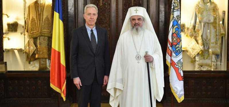 ambasadorul-statelor-unite-ale-americii-la