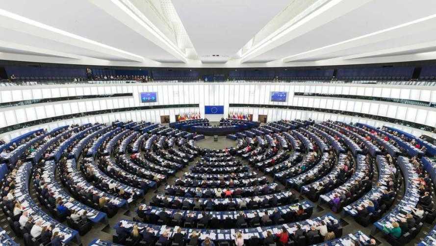 parlamentul-european-recunoaste-persecutiile-isis-asupra