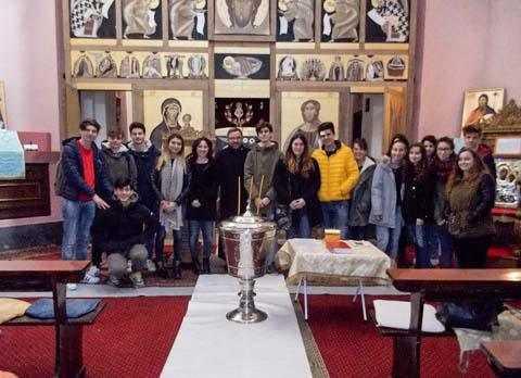 elevi-italieni-in-vizita-la-parohia