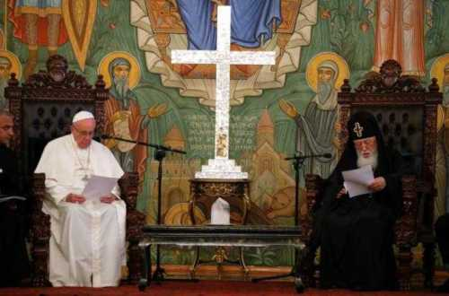 Pope Francis and Georgia's Orthodox Patriarch Ilia II attend a meeting in Tbilisi, Georgia, September 30, 2016. REUTERS/David Mdzinarishvili