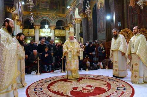 ps-varlaam-ploiesteanul-a-slujit-la-catedrala-patriarhala