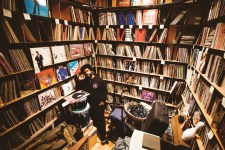 vinyle-mania-malgre-la-crise-le-disque-dure,M214705