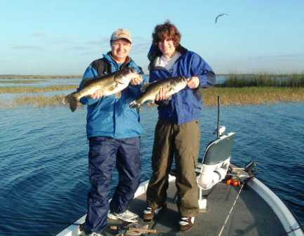 Lake kissimmee central florida bass fishing for Florida lake fish