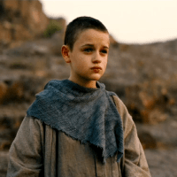 Joey King on shaving her head for 'The Dark Knight Rises' (video)