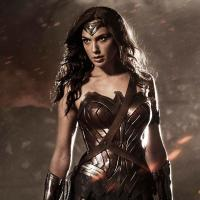 'Batman v Superman' promo art shows off Wonder Woman's cape, the Batwing