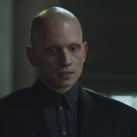 Anthony Carrigan teases Zsasz's return to 'Gotham' next week, and much more