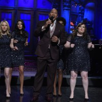 Dwayne Johnson sings about Batman, Bane, and Michael Caine in SNL monologue (video)