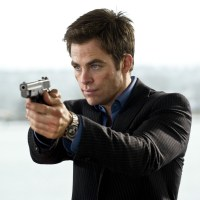 Chris Pine closes deal to star with Gal Gadot in 'Wonder Woman'