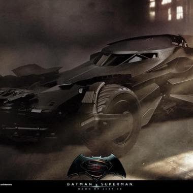 Hot Toys is making 'Batman v Superman' figures and 1/6 scale Batmobile (photos)
