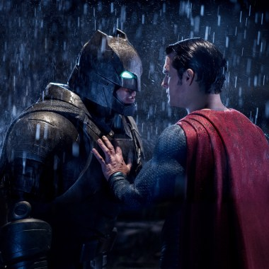 Check out new 'Batman v Superman' images from Entertainment Weekly
