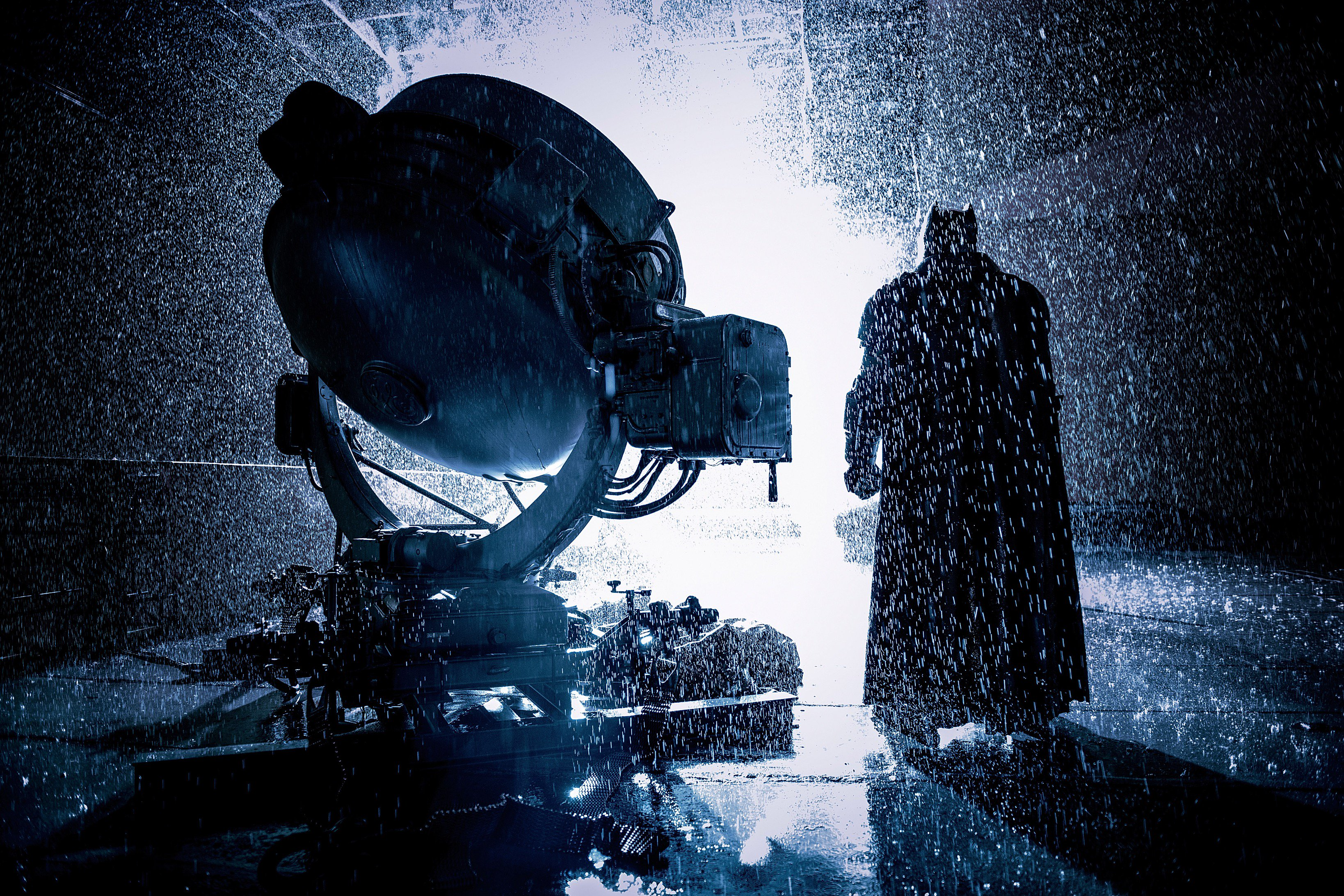 Batman-v-Superman-Batman-Batsignal.jpg