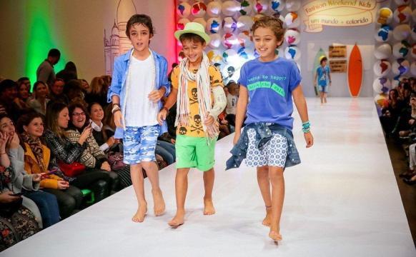 Desfile da Mini U.S. na Fashion Weekend Kids