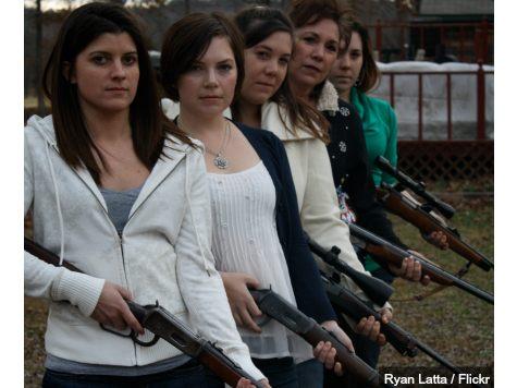 women-with-guns-ryanlatta-flickr