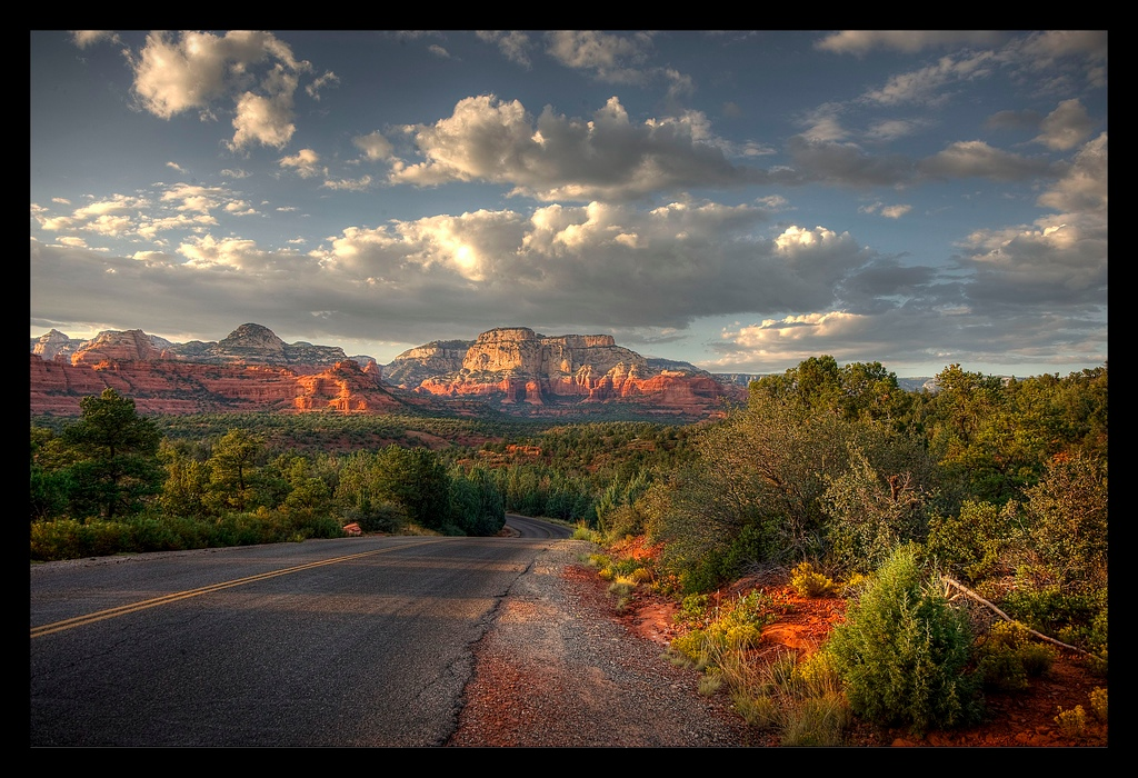 Rock formations archives beautiful places to for Cabin in sedona az